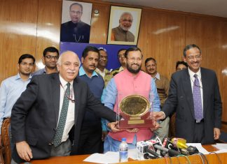 The Union Minister for Human Resource Development, Shri Prakash Javadekar at a press conference on the occasion of the Ministry of HRD's website being awarded Web Ratna - Digital India Award 2016